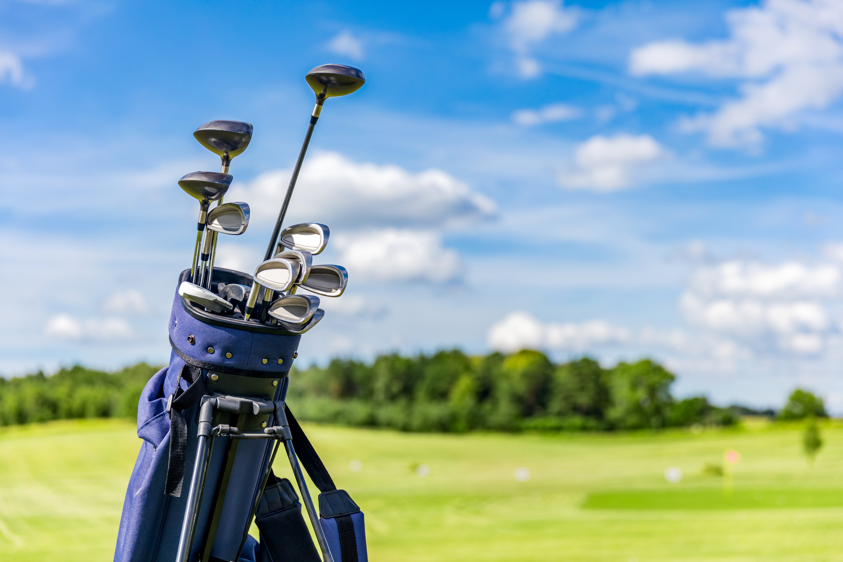 Essentials to Complete Your Golf Set